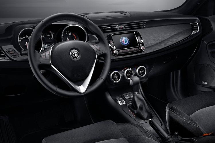 Alfa Romeo Giulietta Hatch 5Dr 1.6 JTDM-2 120PS Sprint 5Dr TCT [Start Stop] inside view